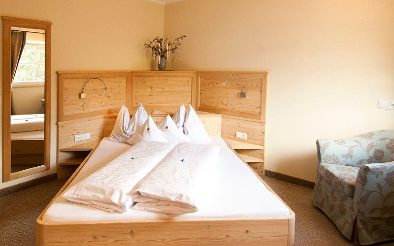Double room larch